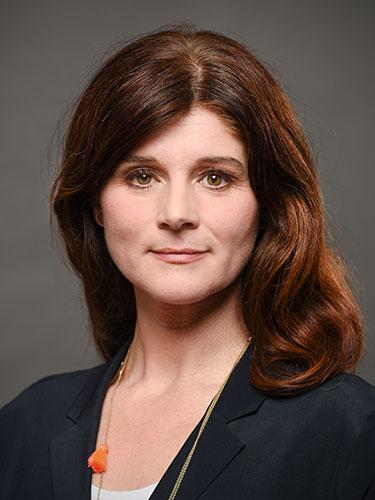 Portraitbild Carolin Ellwanger